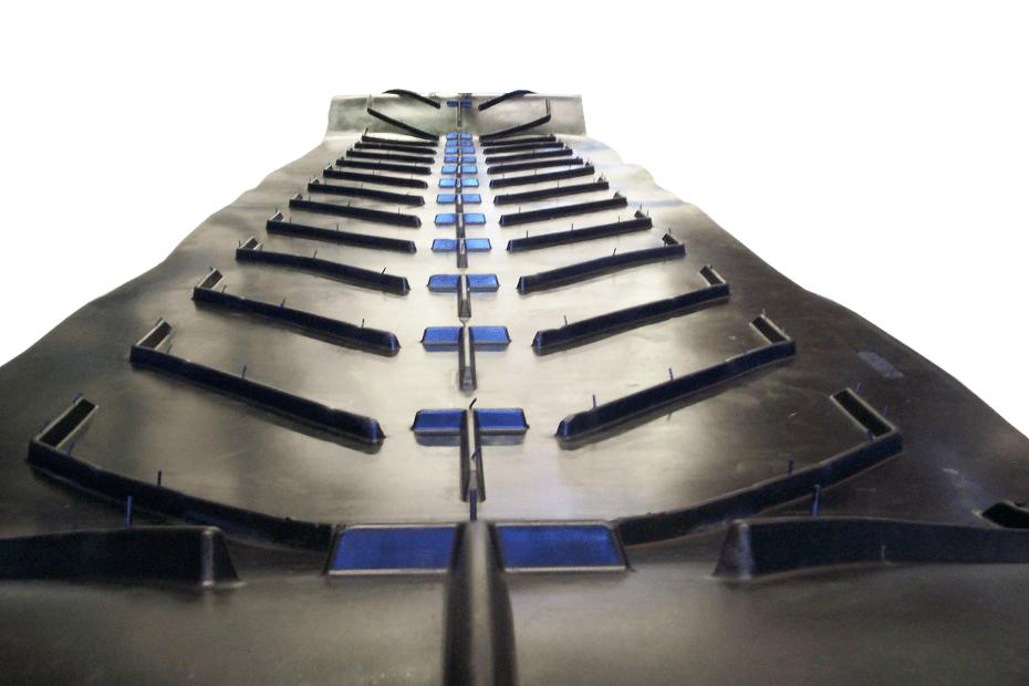 DYNA Engineering Chevron Conveyor Belt