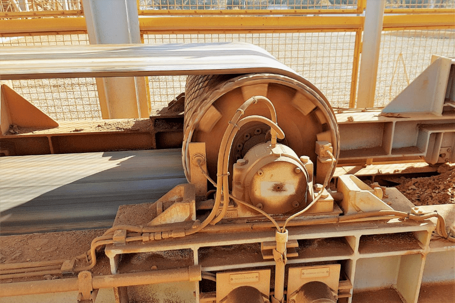 DYNA Engineering Conveyor Pulley and Belt On-site
